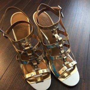 Tory Burch sexy gold heels